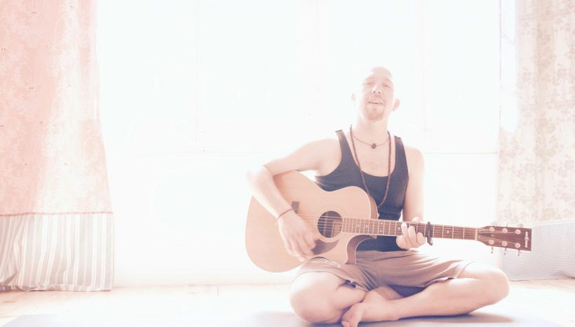 Workshop: Mantra mit Johannes Vogt: Di 01.05. 14-16:30 33-39 €